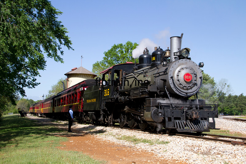 TSR2013040001 - Texas State Railroad, Palestine, TX, 4/2013