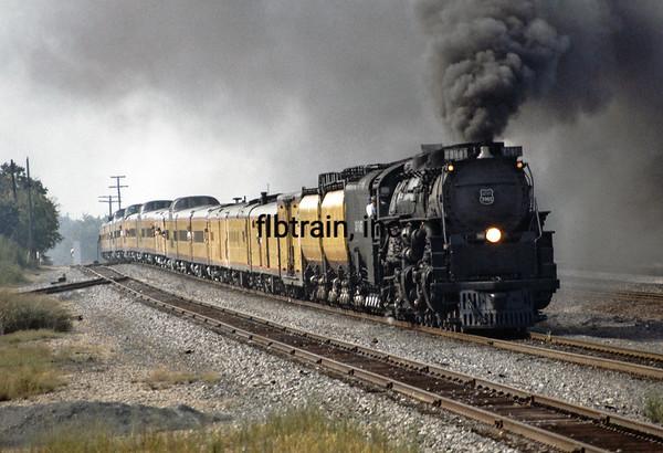 UP1992080923 - Union Pacific 3985, Navasota, TX, 8/1992