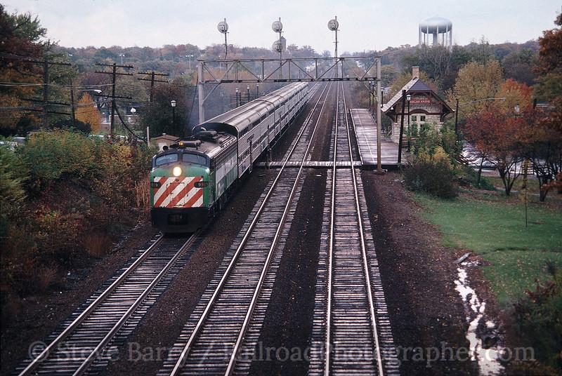 Photo 0064<br /> Burlington Northern (Metra); Hinsdale, Illinois