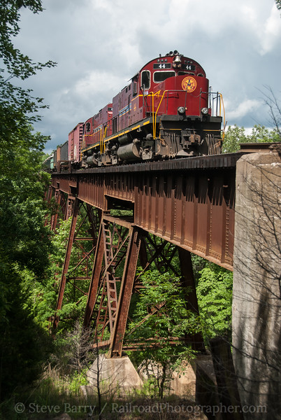 Photo 3168<br /> Arkansas & Missouri; Winslow, Arkansas<br /> June 10, 2014