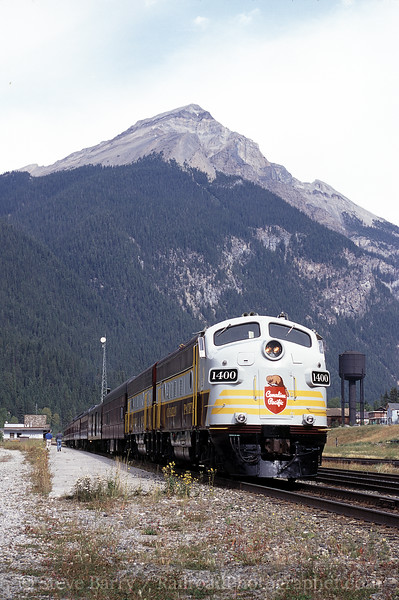Photo 0537<br /> Canadian Pacific; Field, British Columbia<br /> September 2000