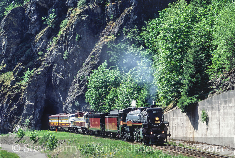 Photo 0149<br /> Canadian Pacific 2816<br /> Yale, British Columbia<br /> May 2004