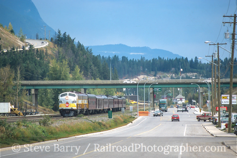 Photo 4104<br /> Canadian Pacific; Golden, British Columbia<br /> September 2000