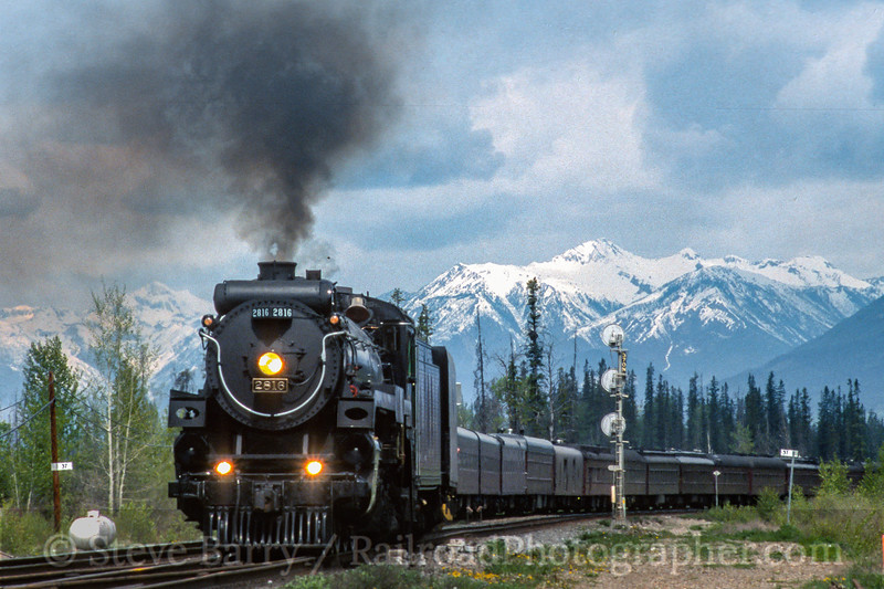 Canadian Pacific 2816; Golden BC; 5/2004