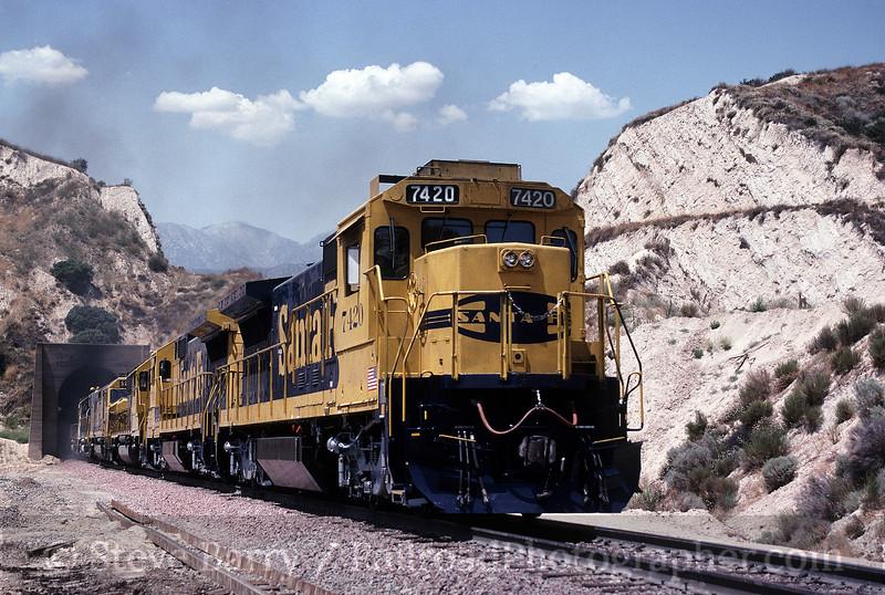 Photo 1675<br /> Atchison, Topeka & Santa Fe; Alray, California