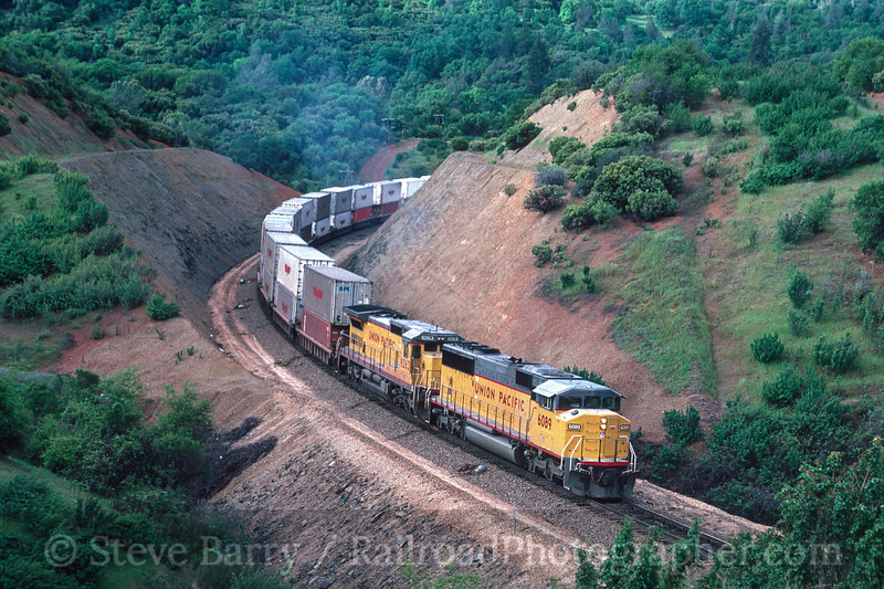 Photo 2971<br /> Union Pacific; James, California<br /> May 1991