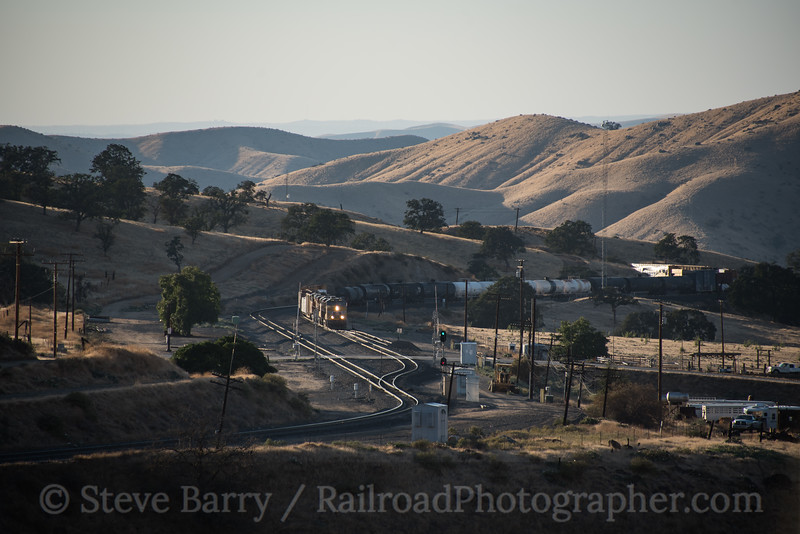 Photo 4344<br /> Union Pacific<br /> Bealville, California<br /> September 25, 2017