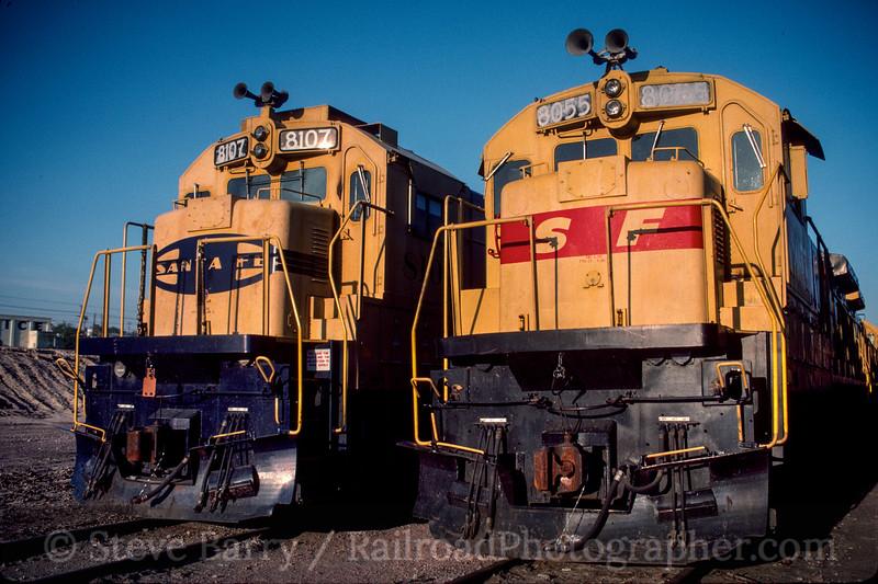 Photo 3018 Atchison, Topeka & Santa Fe; Barstow, California May 1991