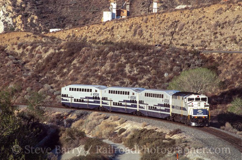 Photo 2415<br /> Metrolink; Canyon Country, California<br /> April 2002