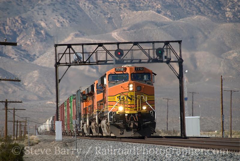 Photo 1457<br /> BNSF Railway; Mojave, California<br /> March 12, 2009