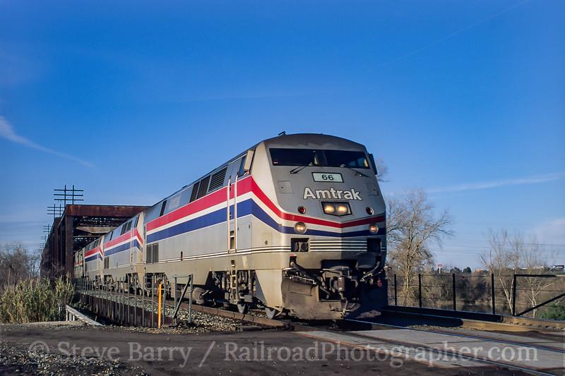 Amtrak; Elvas CA; 3/2000