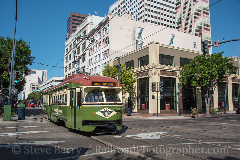 Photo 4347<br /> Metropolitan Transit System<br /> C Street & 7th Avenue, San Diego, California<br /> September 26, 2017