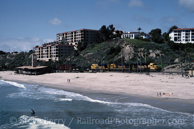 Photo 1064<br /> Atchison, Topeka & Santa Fe; San Clemente, California<br /> May 1991