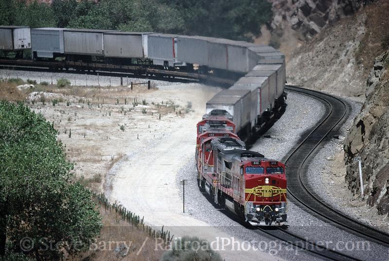 Photo 1627<br /> Atchison, Topeka & Santa Fe; Caliente, California