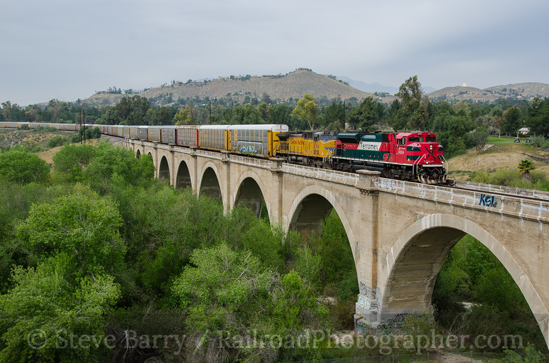 Photo 3324<br /> Ferromex (on Union Pacific); Riverside, California<br /> March 11, 2015