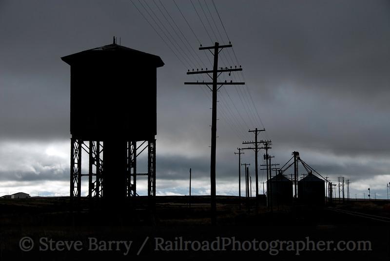Photo 1883<br /> Union Pacific; Kimama, Idaho<br /> May 22, 2010