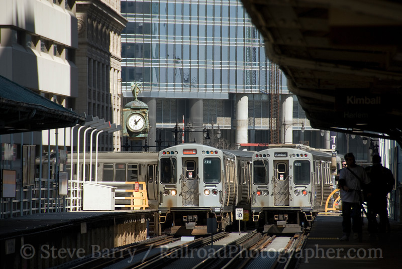 Photo 1385<br /> Chicago Transit Authority; The Loop, Chicago, Illinois<br /> April 17, 2009