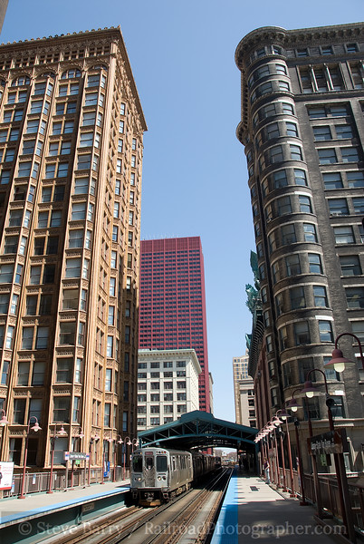 Photo 1384<br /> Chicago Transit Authority; The Loop, Chicago, Illinois<br /> April 17, 2009