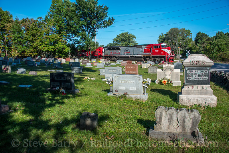 Photo 5250<br /> Indiana Rail Road<br /> Bloomington, Indiana<br /> September 30, 2018