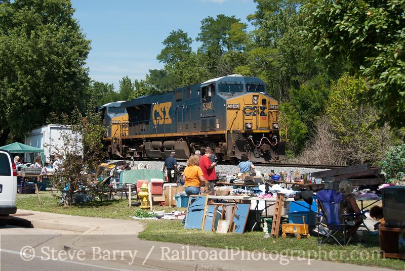 Photo 2174<br /> CSX Transportation; Walton, Kentucky<br /> August 12, 2011