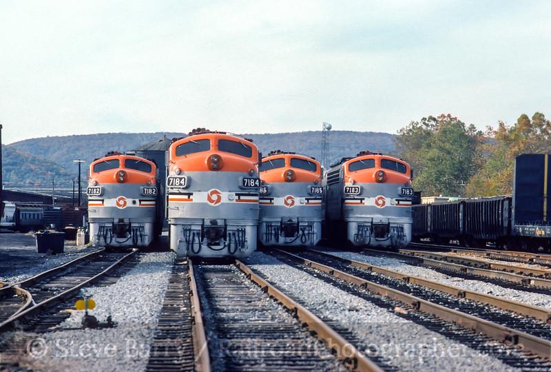 Photo 4433<br /> Maryland Area Rail Commuter<br /> Brunswick, Maryland<br /> November 1983