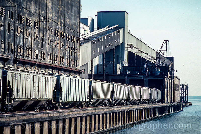 Photo 5174<br /> Central Soya<br /> Baltimore, Maryland<br /> February 1992