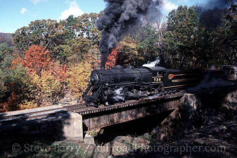 Photo 0585<br /> Western Maryland Scenic; Frostburg, Maryland<br /> October 18, 1999
