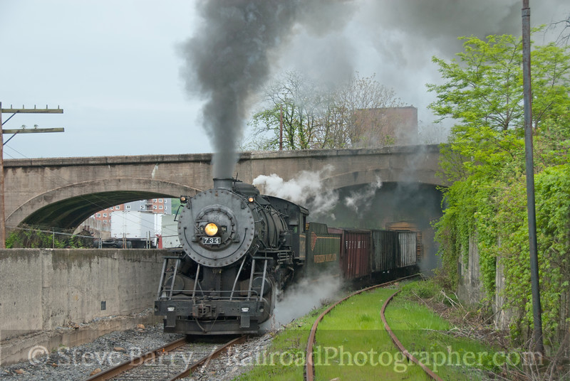 Photo 2081<br /> Western Maryland Scenic; Viaduct Junction, Cumberland, Maryland<br /> May 1, 2011