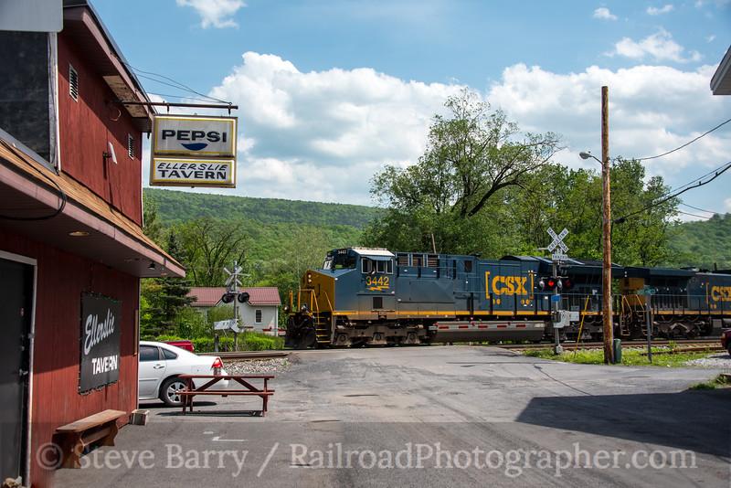 Photo 4676<br /> CSX Transportation<br /> Ellerslie, Maryland<br /> May 15, 2018