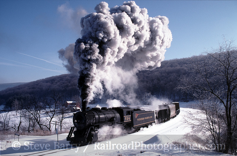 Photo 0586<br /> Western Maryland Scenic; Helmstetter's Curve, Cumberland, Maryland<br /> January 16, 1999