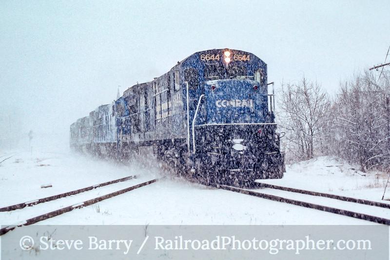 Photo 4849<br /> Conrail<br /> Palmer, Massachusetts<br /> January 1990