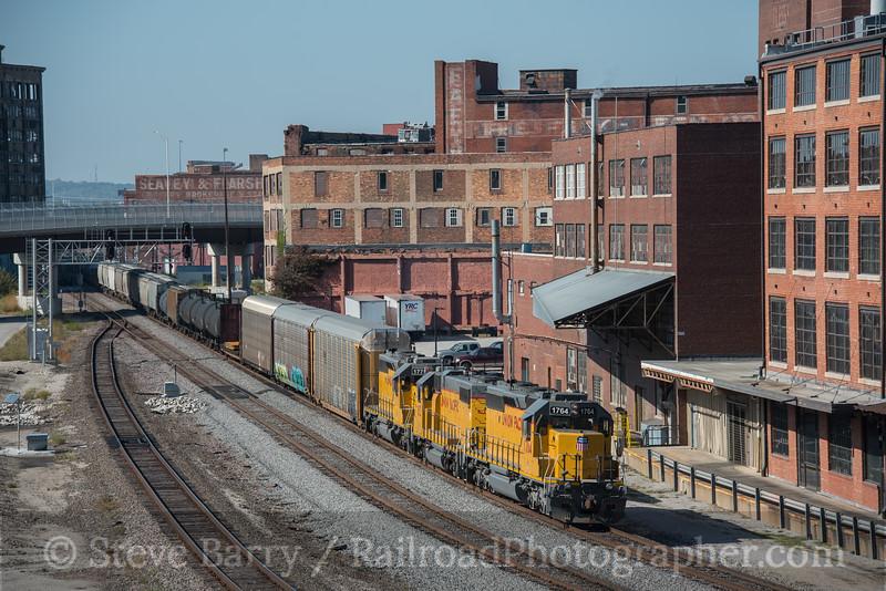 Photo 4361<br /> Union Pacific<br /> West Bottoms, Kansas City, Missouri<br /> October 13, 2017