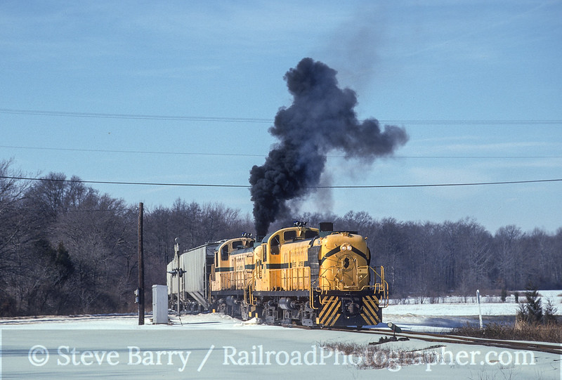 Photo 3535<br /> West Jersey; Alloway Junction, New Jersey<br /> February 1994