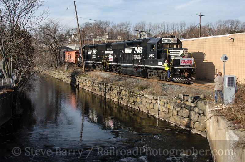 Photo 2507<br /> Norfolk Southern; Dover, New Jersey<br /> December 15, 2012