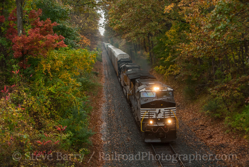 Photo 3235<br /> Norfolk Southern; Bloomsbury, New Jersey<br /> October 23, 2014