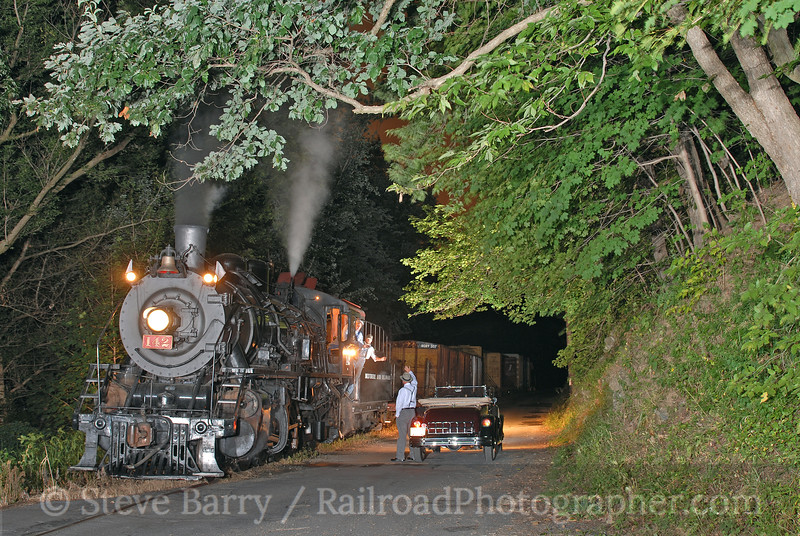 Photo 0716<br /> New York, Susquehanna & Western 142; Carpentersville, New Jersey<br /> August 19, 2006