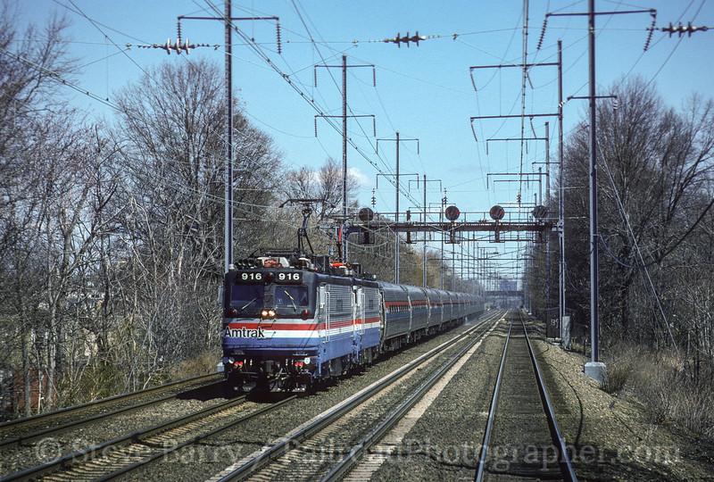 Photo 3556<br /> Amtrak; Elizabeth, New Jersey<br /> April 1, 1995