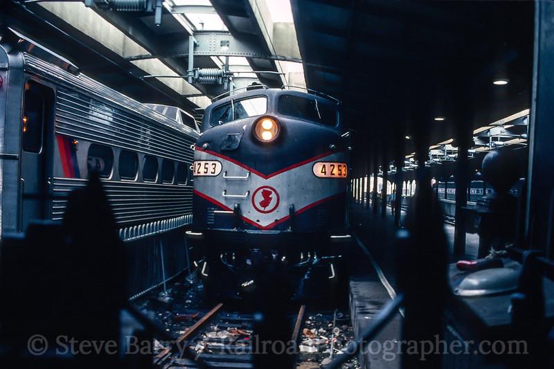 Photo 5543<br /> New Jersey Transit<br /> Hoboken Terminal, Hoboken, New Jersey<br /> September 1987