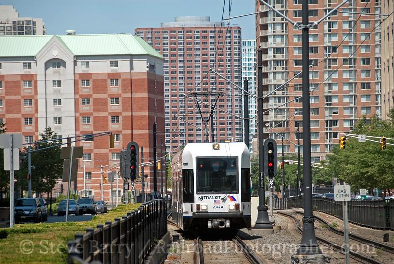 Photo 1910<br /> Hudson Bergen Light Rail (NJT); Jersey City, New Jersey<br /> July 31, 2010