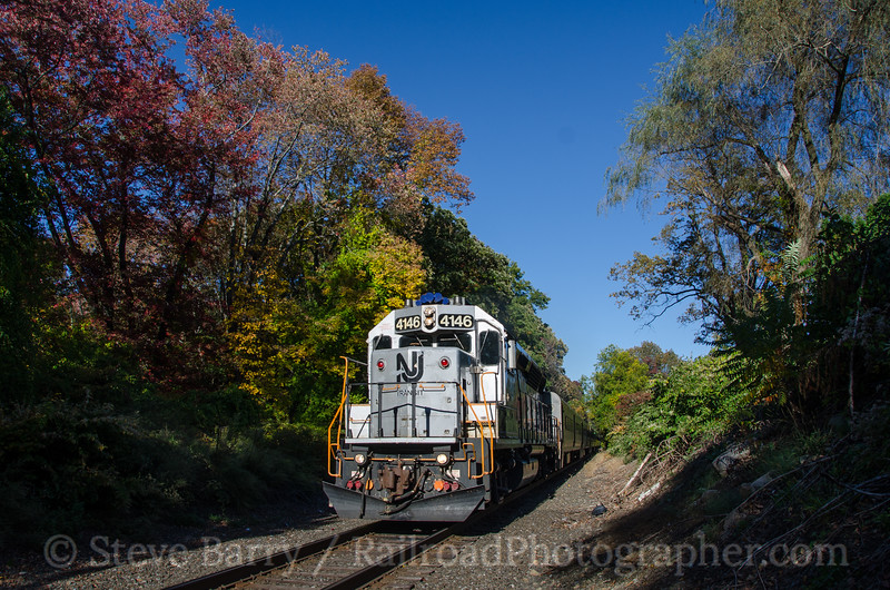 Photo 3517<br /> New Jersey Transit; Netcong, New Jersey<br /> October 12, 2015