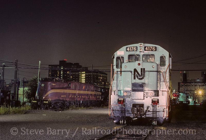 Photo 3598<br /> New Jersey Transit; Hoboken, New Jersey<br /> August 27, 1994