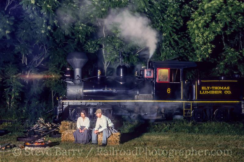 Photo 2146<br /> Pine Creek; Farmingdale, New Jersey<br /> June 19, 1993