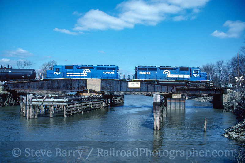 Conrail; Bridgeport NJ; 3/1996