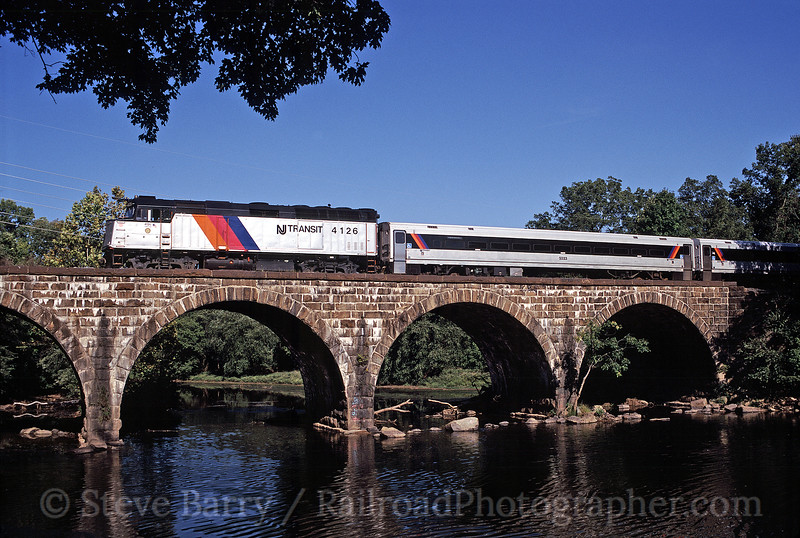 Photo 0369<br /> New Jersey Transit; North Branch, New Jersey<br /> September 2002