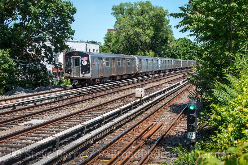 Photo 4861<br /> New York City Transit Authority<br /> Avenue U, Brooklyn, New York<br /> June 16, 2018