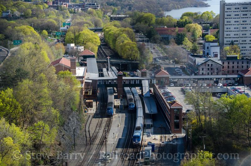 Photo 2673<br /> Metro-North and Amtrak; Poughkeepsie, New York<br /> April 27, 2013