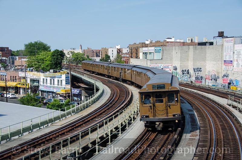 Photo 3818<br /> New York City Transit Authority; Brighton Beach, Brooklyn, New York<br /> June 26, 2016