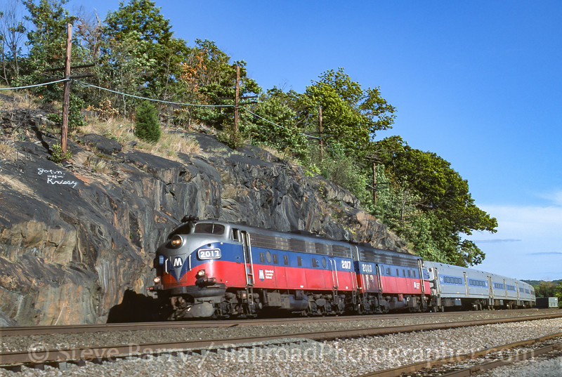 Photo 3953<br /> Metro North; Croton-On-Hudson, New York<br /> September 2001