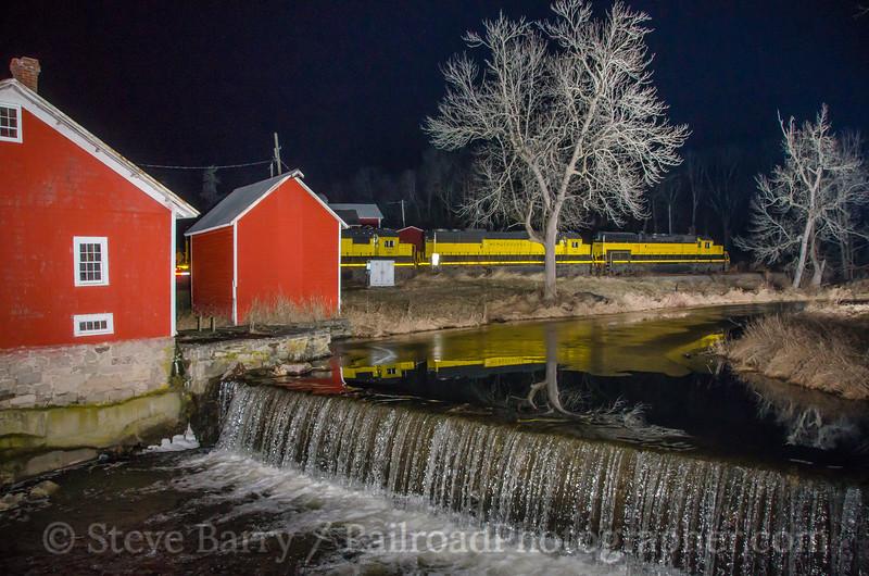 Photo 4027<br /> New York, Susquehanna & Western; Baird's Farm, Warwick, New York<br /> January 11, 2017