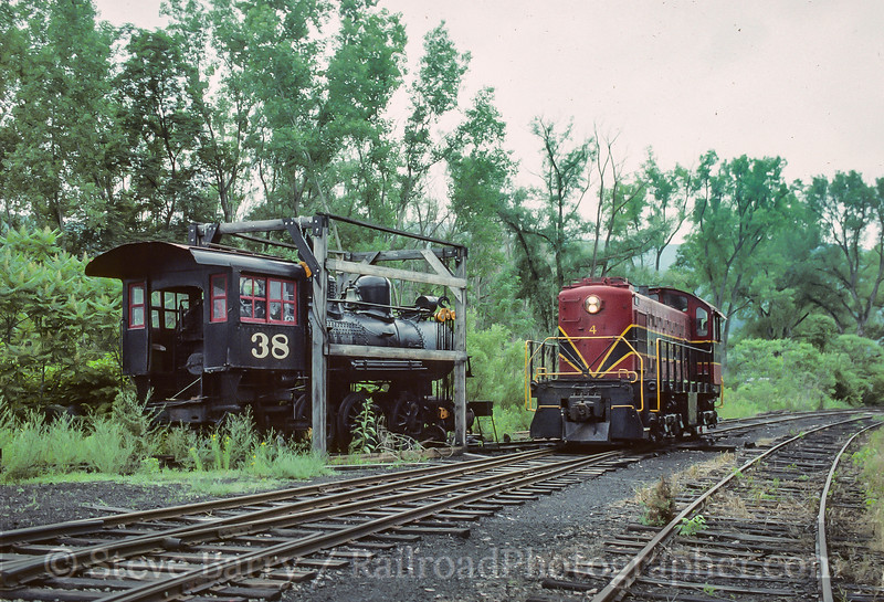 Photo 4127<br /> Bath & Hammondsport; Hammondsport, New York<br /> July 1993